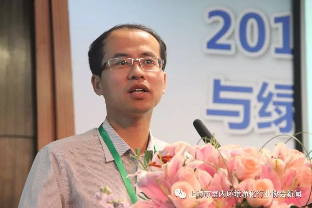刘玉峰.webp.jpg